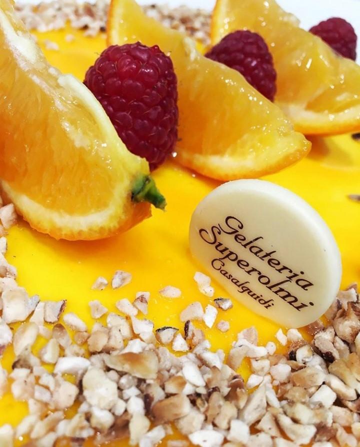 Il gelato di sara-gelateria superolmi-casalguidi-gelato-buono-torta vegana